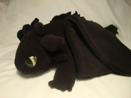 Toothless Plushie by xThe-Royal-Dragonx