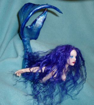 Polymer clay Mermaid-side view by Pyramidcat