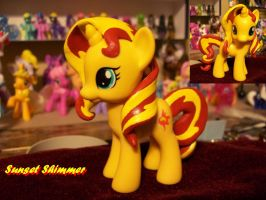 Sunset Shimmer Custom by FullmetalotakuDCK