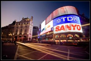 Piccadilly Circus. by feudal89