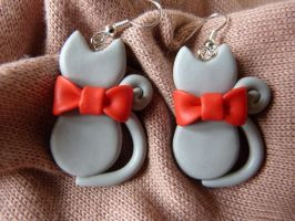 Grey cats with big red bow by amalie2
