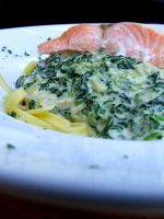 Noodles Spinach n Salmon by PhilipCapet