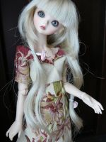 Beautiful BJD Blond by trifoil