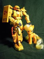 Applejack has a Gundam 02 by OcasoHalva