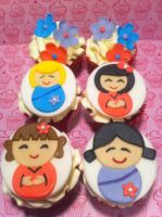 Harajuku Girl Cupcakes by Corpse-Queen