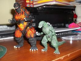 S.H. Monsterarts Burning Godzilla and Jr. by GodzillaKing