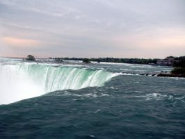 Niagra Falls by fieldsofjoy