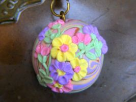 Polymer Flower Necklace, Vintage style Pastel flow by cynamonspice