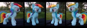 Rainbow Dash 2 - Commission by fireflytwinkletoes