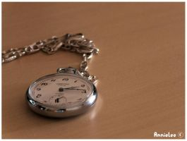 Tick Tack by annielee