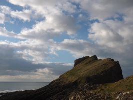 two on top of Outer Head by nonyeB