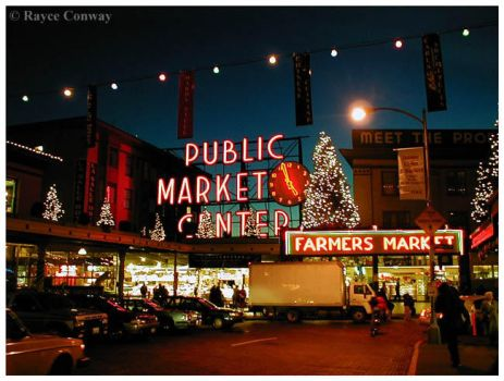 Pike Place at Christmas by eyecandyrayce