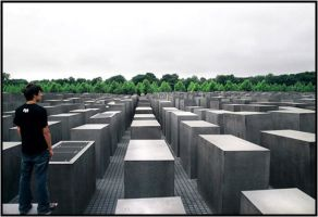 Holocaust memory by baleze