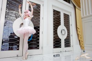 Princess Tutu Cosplay: En Pointe by HatterSisters