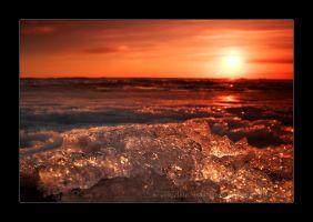 Ganymede sunset by Behindmyblueeyes