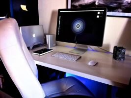 WorkStation At Home by xQlusiveEvan