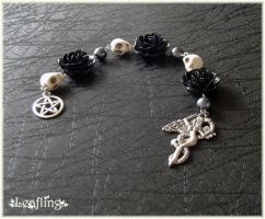 Dark Goddess pagan prayer beads by Marjolijn-Ashara