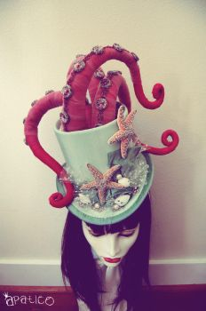Tentacle Octopus Top Hat by apatico