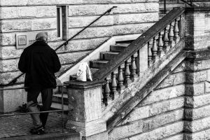 Lunch on the stairs by lecristoph