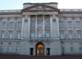 Buckingham Palace One. by LJNPhotography