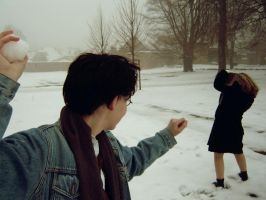 Harry throws a snowball... 2 by Ta-moe
