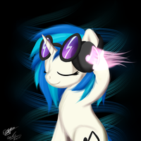 Vinyl Scratch - Headphones by extreme-sonic