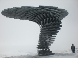 Singing Ringing Tree by enginemonkey