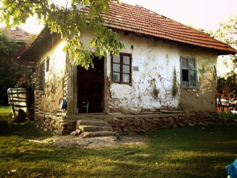 An Old House by theDJOLE