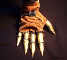 Claw Glove by LordDonovan