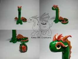 Larry the Xmas Dragon by Kame-ami