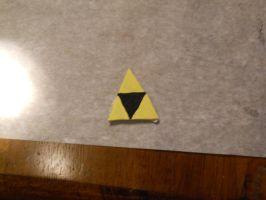 2013 Gift: Triforce Pin by MaiShark