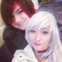 Ruby And Weiss Kickin It by patatachip