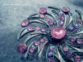 Brooch by DomsahSayorii