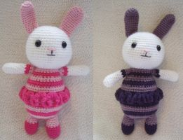Double Amigurumi Bunnies by Eliket