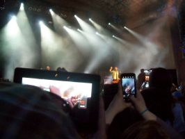 Marianas Trench in Concert by SmileyFangs