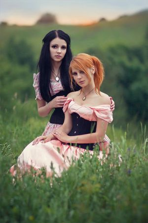 Weronika and Aneta by hordulf