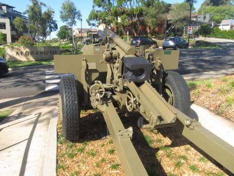 105mm Howitzer by dougthebear