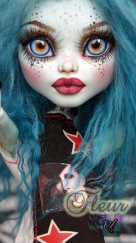 ~Fleur~ Monster High 17inch Frankie Stein repaint by RogueLively