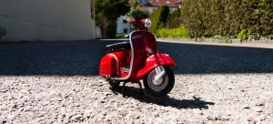 Vespa love by DaBanch