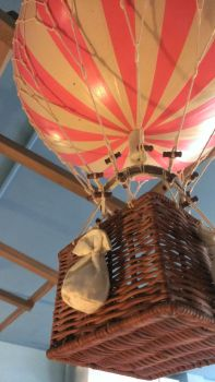 Hot air balloon by simply-unidentified