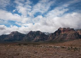 Red Rock Canyon Mountains by shawnstorm