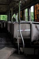 Abandoned Bus by Skellevision