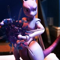 Mewtwo by scoobsterinc