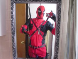 DEADPOOL SELFIES YEAH I'M AWESOME!!! (WITH TAGS) by Darth-Slayer