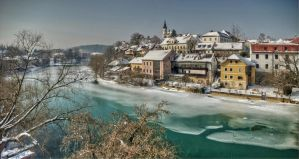 Frozen River by d1kobraz
