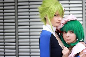 Macross Frontier - brother and sister by Firiless