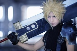 Final Fantasy VII cos by TOOmicya
