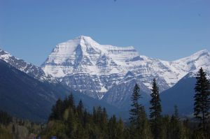 Mt. Robson I by ByronGiant