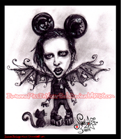 Marilyn Manson by IwannaPissInYourBed