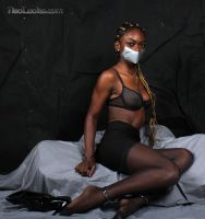 New black model : Naia, sneak preview #2 by PhMBond